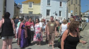 St Ives crowds